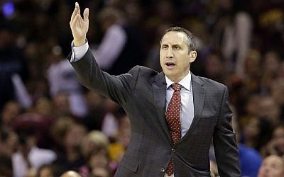 Then-Cleveland Cavaliers head coach David Blatt calls a play during the first half of Game 6 of basketball's NBA Finals against the Golden State Warriors, in Cleveland, Tuesday, June 16, 2015. (AP/Tony Dejak)