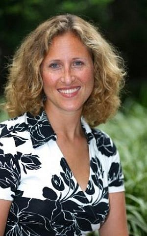 Rochelle Shoretz was the founder and executive director of Sharsheret. (Courtesy of Sharsheret/ via JTA)