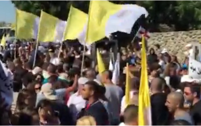 Thousands rally outside the Church of the Multiplication in northern Israel on June 21, 2015. The church was torched and daubed with anti-Christian graffiti on June 18, 2015. (Screen capture: Walla news)