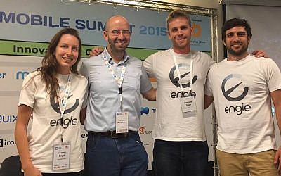 Gal Aharon (L) and the Engie team at the Israel Mobile Summit (Courtesy)