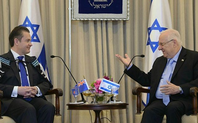 Non-Resident Ambassador of New Zealand,  Jonathan Andrew Curr, talks to President Reuven Rivlin in Jerusalem on April 30, 2015, after he presented his credentials (photo credit: Mark Neyman/GPO)