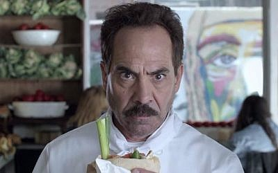 Larry Thomas, Seinfeld's notorious soup Nazi, in an Israeli Pepsi Max commercial (YouTube screen cap)