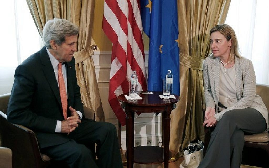 US Secretary of State John Kerry (L) meets with EU High Representative for Foreign Affairs and Security Policy, Federica Mogherini at a hotel where the Iran nuclear talks meetings are being held in Vienna, Austria on July 2, 2015. (AFP / POOL / CARLOS BARRIA)