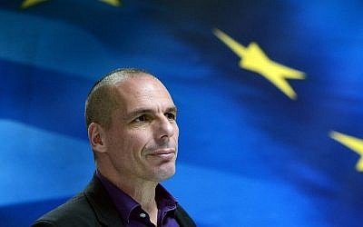 Greek Finance Minister Yanis Varoufakis arriving for a press conference in Athens, March 4, 2015. (AFP/LOUISA GOULIAMAKI)