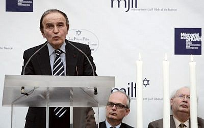 A file picture taken on April 15, 2007 shows Polish-born American lawyer, author, and Holocaust survivor Samuel Pisar delivering a speech during a ceremony for the Holocaust day of remembrance at The Memorial of the Shoah in Paris. (AFP PHOTO FRANCOIS GUILLOT)