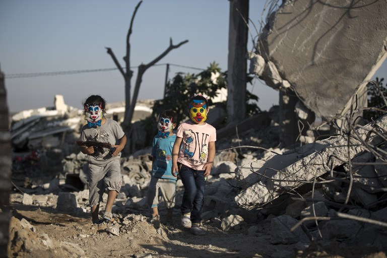 us announces million aid program for gaza strip the times of palestinian children play in the rubble of buildings reportedly destroyed during the 50 day