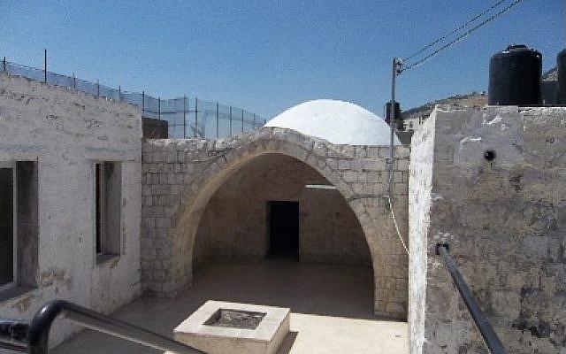 Joseph's Tomb in Nablus. (keveryosef.org)