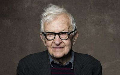 Albert Maysles poses for a photo at the 2013 Sundance Film Festival (Victoria Will/Invision/AP, File)