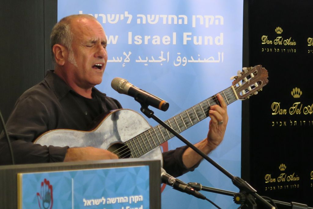 David Broza singing the BDS blues (Photo credit: Luke Tress/Times of Israel)
