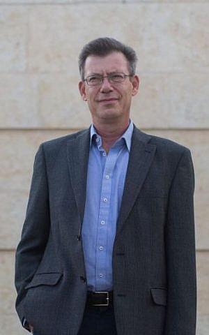 Ministry of Foreign Affairs Spokesperson Emanuel Nachshon, September 1, 2014. Yonatan (Sindel/Flash90)