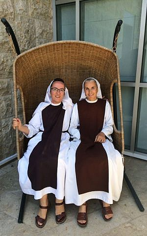 For Sister Agnes (left) and Sister Rebecca (right), the first International Bible Study Week, from July 6-9, 2015, offered a first opportunity to learn rabbinic texts. (Josefin Dolsten)