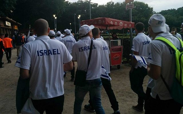 Israeli athletes attending the opening ceremony of the European Maccabi Games in Berlin, the city's first since World War II, July 29, 2015. (Ilan Ben Zion)