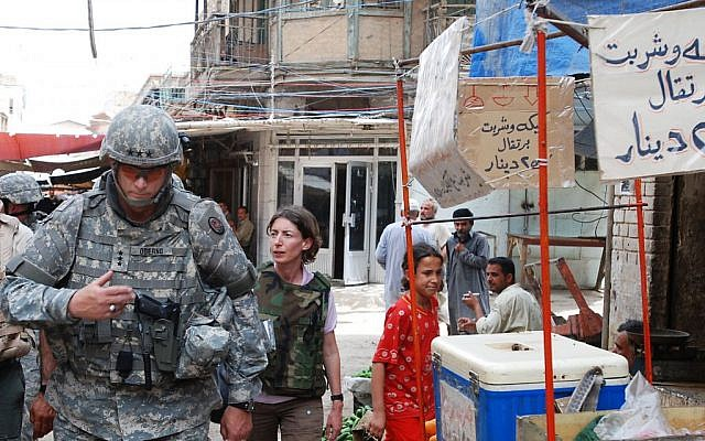 Emma Sky and General Ray Odierno tour Doura Market in Baghdad, April 2007 (courtesy Curt Cashour)