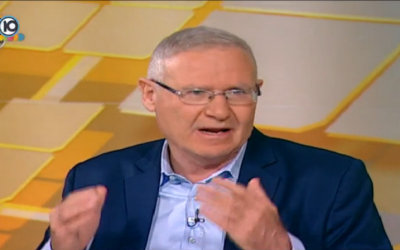 Amos Yadlin speaks to Channel 10, July 24, 2015 (Channel 10 screenshot)