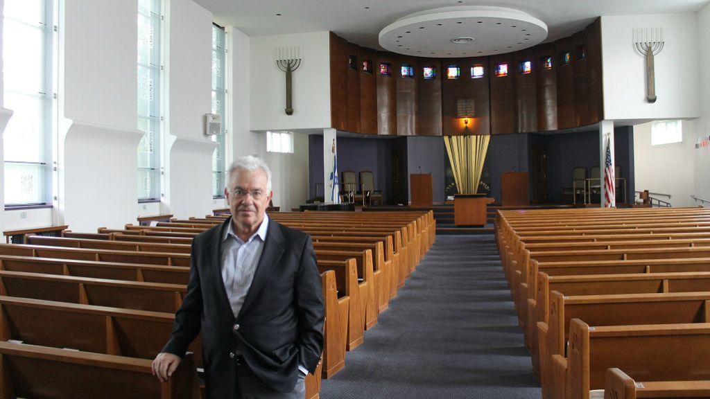Rabbi Alan Turetz of Temple Emeth in south Brookline, Mass., is one of the Boston area's longest-serving congregational rabbis. (Uriel Heilman/JTA)