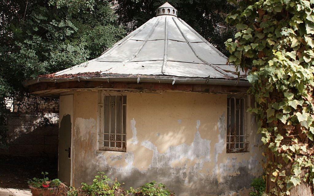 The gardener's hut at Ramban 30 (Shmuel Bar-Am)
