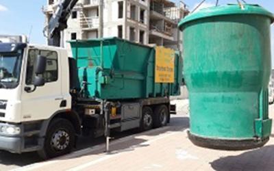 An Afula 'smart garbage can' (Afula Municipality)