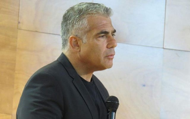 Yesh Atid Chairman Yair Lapid speaks an a college in Ashkelon on August 7, 2015. (Courtesy)