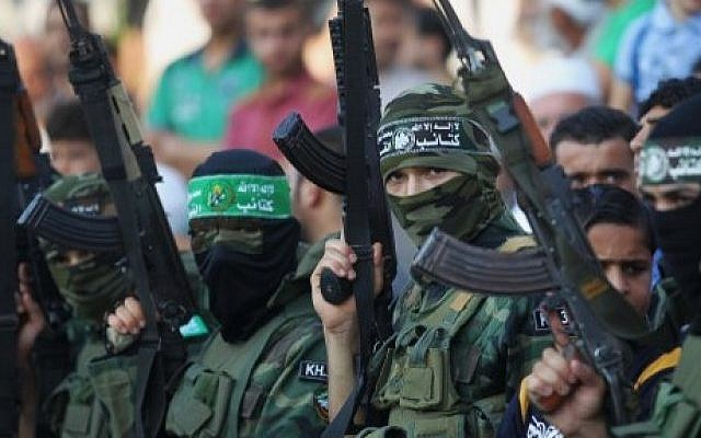 Palestinian youths at a Hamas military-style summer camp in Khan Yunis, in the southern Gaza Strip, August 5, 2015 (AFP/Said Khatib)