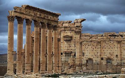 A picture taken on March 14, 2014, shows a view of the external courtyard of the sanctuary of Baal (also written Bel) in the ancient oasis city of Palmyra, 215 kilometers northeast of Damascus. (AFP PHOTO/JOSEPH EID)