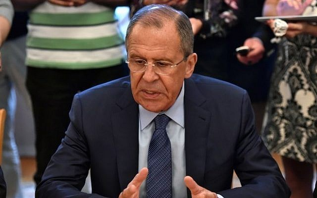 Russian Foreign Minister Sergey Lavrov gestures during a meeting in Moscow on August 14, 2015. (AFP/Kirill Kudryavtsev)