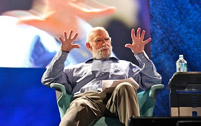 The neurologist Oliver Sacks gives a TED talk in 2009 (CC BY Steve Jurvetson/Flickr)