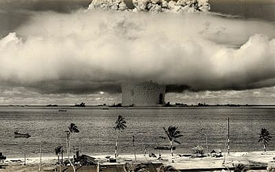 The Baker nuclear test at Bikini Atoll on 24 July 1946. (US Department of Defense/Wikimedia Commons)