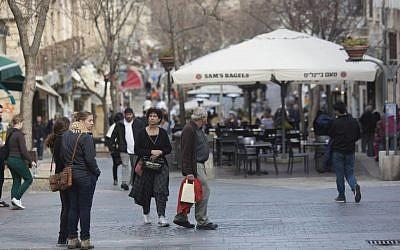 View of the Ben Yehuda street in the center of Jerusalem on February 28, 2013. (Yonatan Sindel/Flash90)