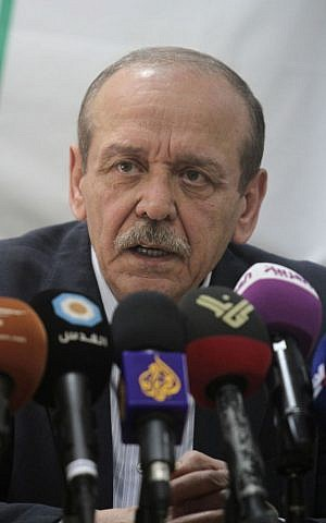 Former PLO secretary Yasser Abed Rabbo speaks at a press conference in the West Bank city of Ramallah, April 2, 2014 (Issam Rimawi/Flash90)