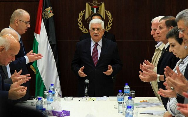 Palestinian Authority President Mahmoud Abbas attends a Palestinian Liberation Organization (PLO) executive committee meeting in the West Bank city of Ramallah, August 22, 2015 (Flash90)