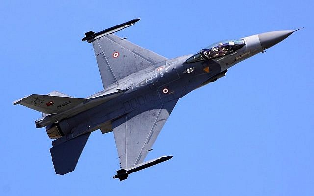 Illustrative image of a Turkish Air Force F-16 fighter jet. (CC BY-SA Tim Felce, via Wikimedia)