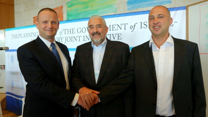 At the planning summit for the 'Initiative,' November 2013. From left: director-general of the Prime Minister's Office Harel Locker, Jewish Agency director-general Alan Hoffmann, and Dvir Kahana, director-general of the Diaspora Affairs Ministry (courtesy eJewishPhilanthropy archives)
