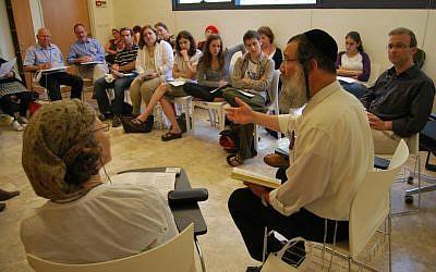Presenters speak to their audience at Limmud Jerusalem, May 22, 2012 (courtesy/Warren Burstein)