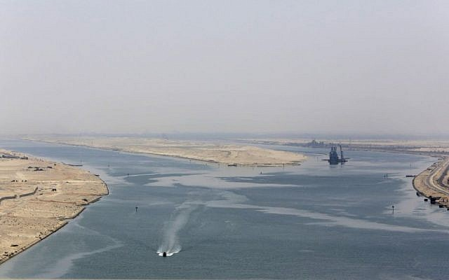 An army Zodiac secures the entrance of the new section of the Suez Canal in Ismailia, Egypt, August 6, 2015. (AP/Amr Nabil)