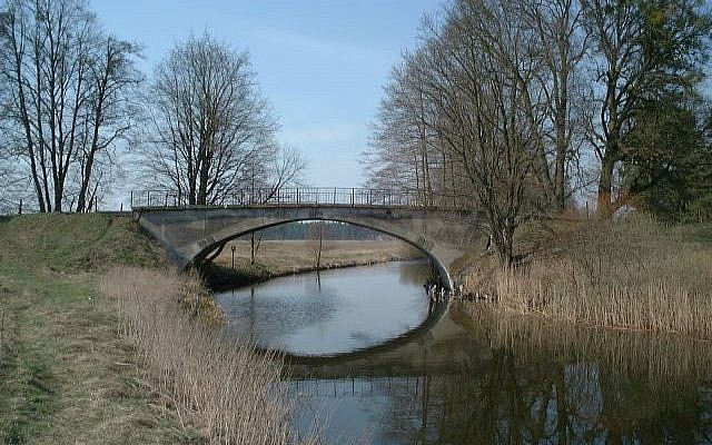 Illustrative image of a canal in Poland (CC BY-SA Merlin, Wikimedia Commons)