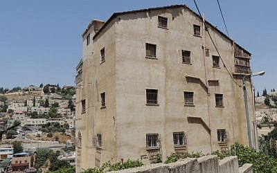 A building in the East Jerusalem neighborhood of Silwan that was taken over by Jews, who claim that it originally belonged to Jewish Yemenite immigrants (Peace Now)