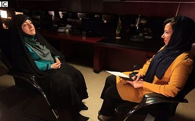 The BBCs Kim Ghattas (right) interviews Iranian Vice President Masumeh Ebtekar in Tehran in a clip published on the BBC website on August 18 2015. Ghattas is the first Western journalist invited to the country in years. (Screen Capture BBC.com)