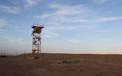 Illustrative image of a watchtower on the Jordanian-Israeli border, February 22, 2011. (Nati Shohat/Flash90)