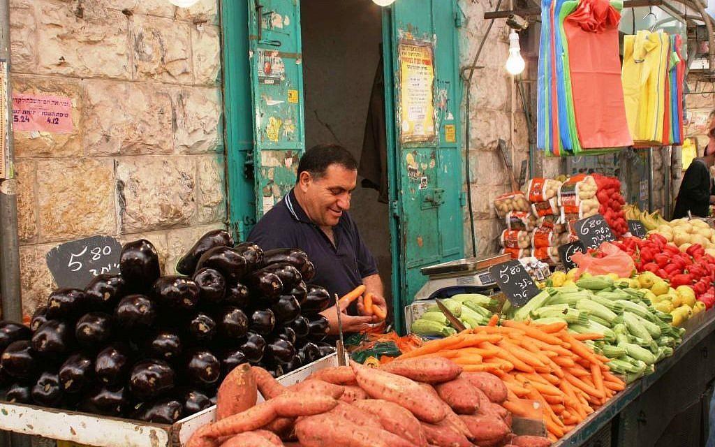 Mahane Yehuda's covered market (Shmuel Bar-Am)