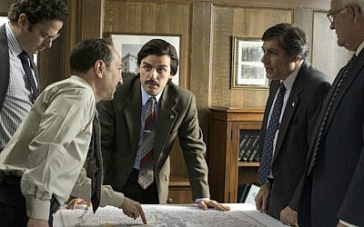 Oscar Isaac, center, plays Yonkers mayor Nick Wasicsko in the HBO miniseries 'Show Me a Hero.' (Courtesy of HBO/via JTA)