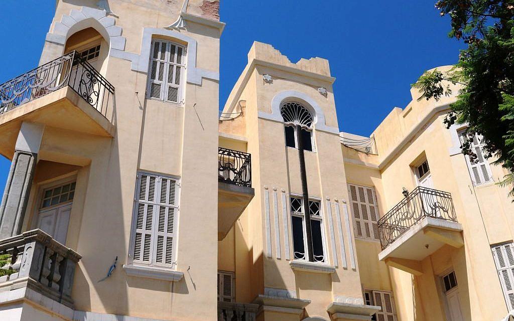 The extravagant Palm Tree House at No. 8 Nahalat Binyamin, Tel Aviv (Shmuel Bar-Am)
