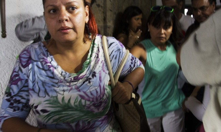 Relatives of Mexican tourists attacked in Egypt leave towards the airport in Guadalajara, Mexico on September 14, 2015. (AFP PHOTO/HECTOR GUERRERO)