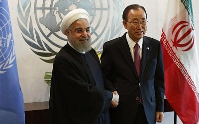 United Nations Secretary-General Ban Ki-moon meets with Iranian President Hassan Rouhani at the United Nations in New York on September 26, 2015. (AFP/DOMINICK REUTER)
