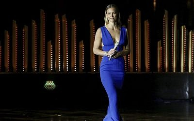 Israeli model Bar Refaeli in Jerusalem, June 18, 2015 (Marc Israel Sellem/Pool)