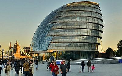 London City Hall, England, October 22, 2011 (Garry Knight, via Flickr, CC-BY-SA)