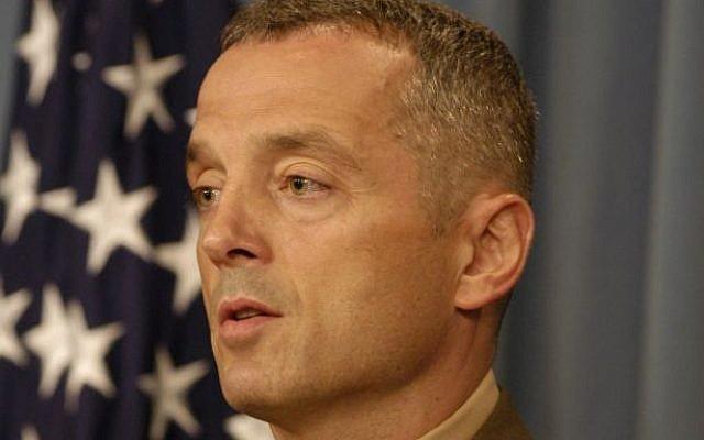 US Marine Col. Matthew Bogdanos in 2003 (Helene C. Stikkel, public domain via Wikimedia Commons)