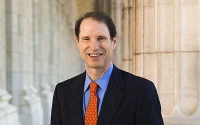 US  Democratic Senator for Oregon Ron Wyden. (Wikimedai/US/Senate/Public Domain)