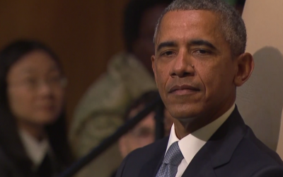 President Barack Obama waits to speak to the UN General Assembly, September 28, 2015. (UN screenshot)