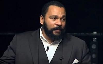 File:French comedian Dieudonne M'bala M'bala (screenshot: YouTube)
