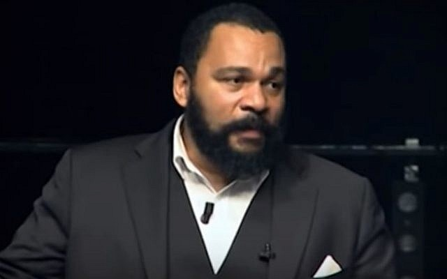 File:French comedian Dieudonne M'bala M'bala (screenshot: YouTube)